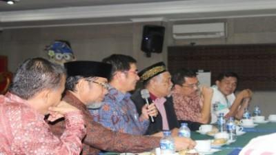 Dialog Dengan DR. H. Hamdan Zoelfa SH. MH.